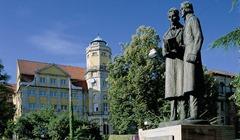 Statue der Gebrüder Grimm in Kassel